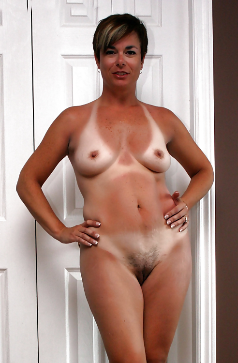 Step moms shows hairy pussy