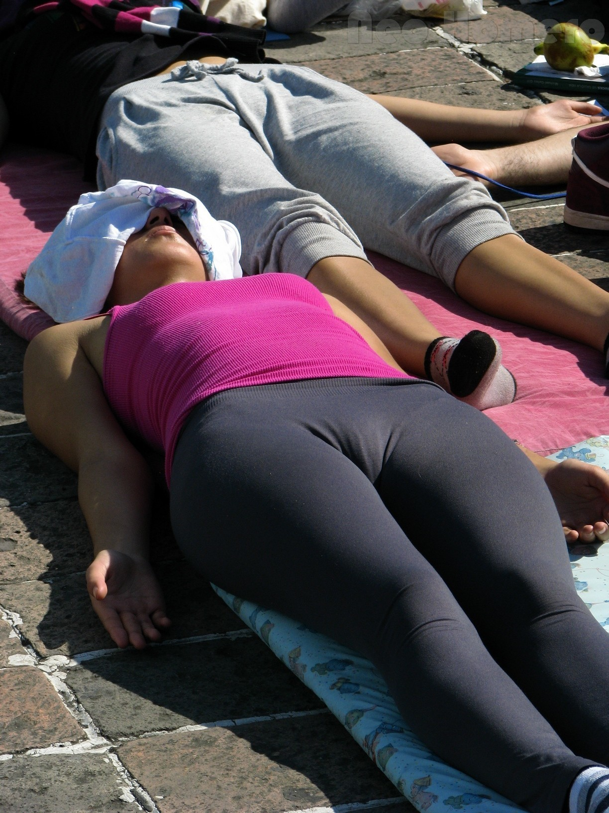 Famous apple store yoga pants ass sexy candid girls