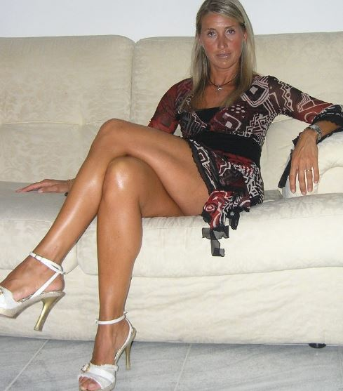 Can Amateur nude cougars keep