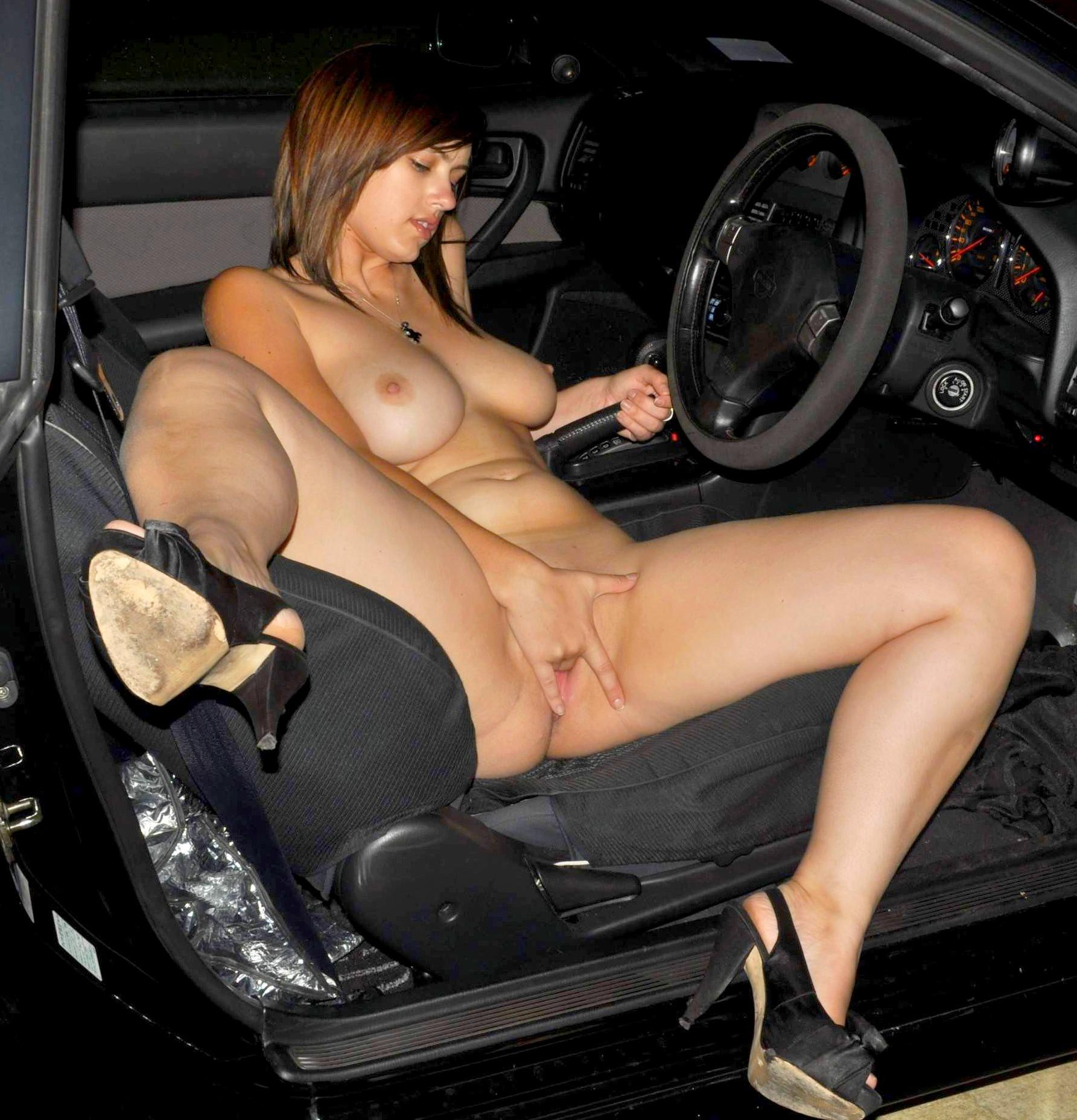 Angelique Nude In Pussy Petrol