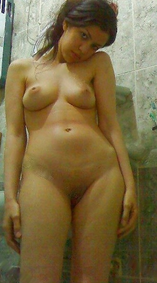 egypt girls naked boobs pic