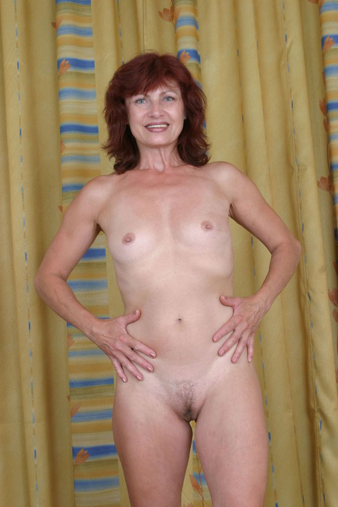 Real amateur hot wife naked