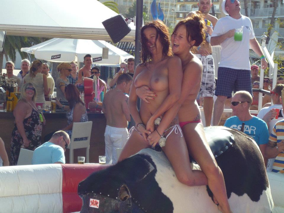 Naked girls on holiday Girls Ride Bull Topless On Holiday Motherless Com
