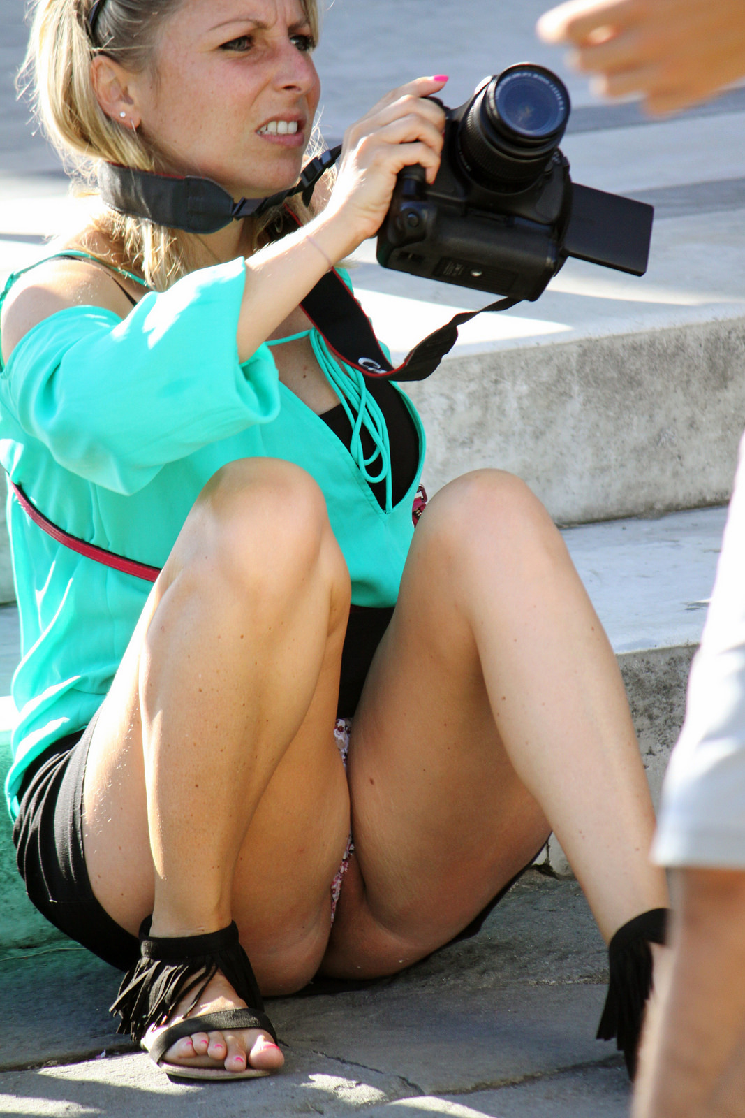Upskirt Candid picture