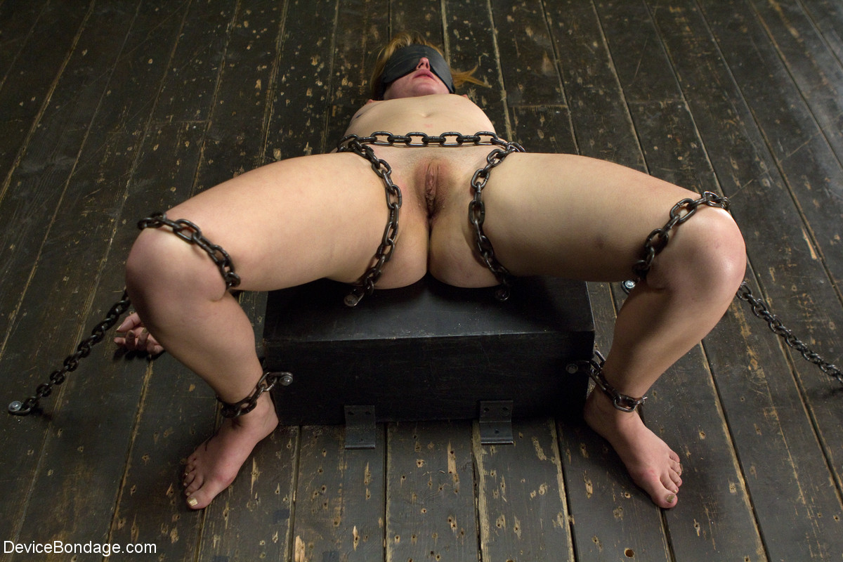 Submissive anal girlfriend grunts amp takes a dick up her anus 10