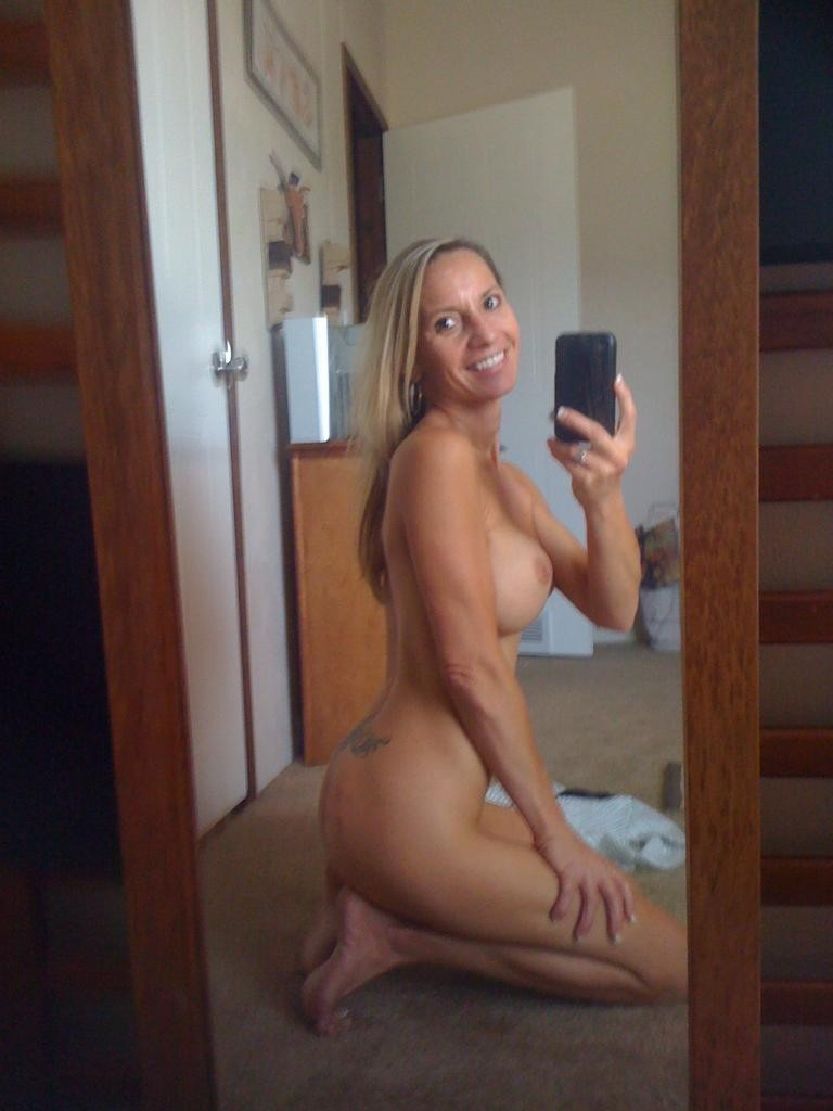 Sexy naked girl toileting
