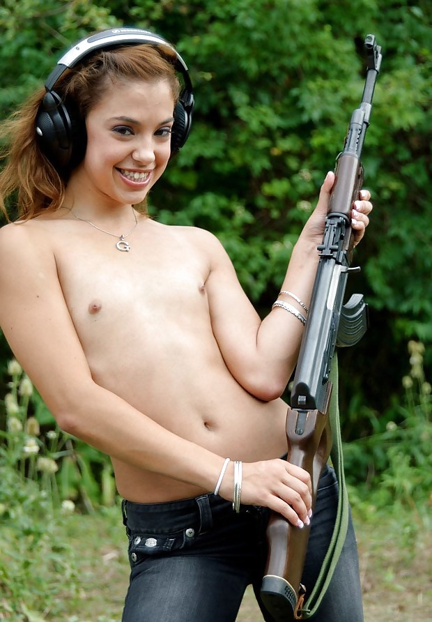 Can not nude teens and guns