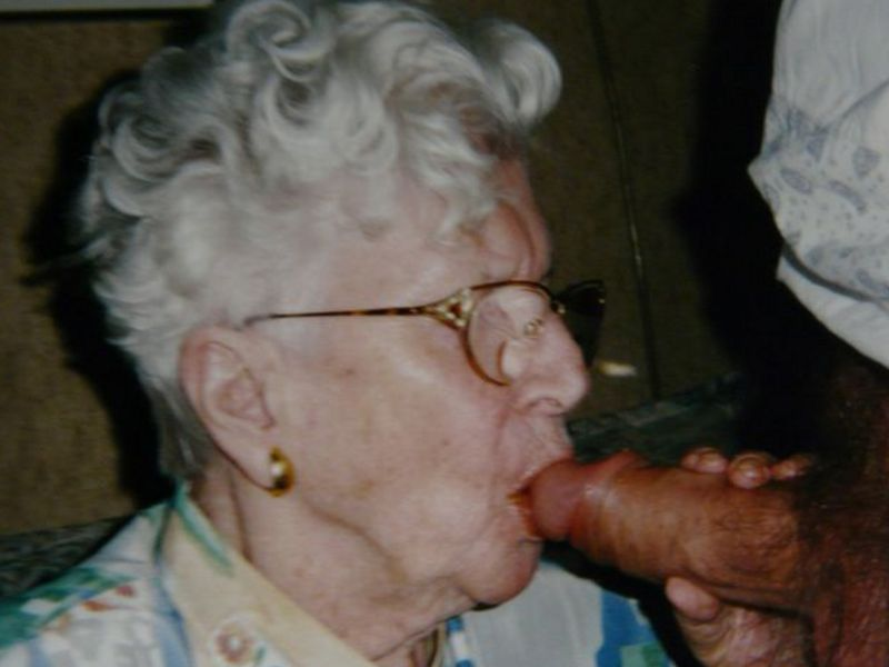 Picture granny blowjobs