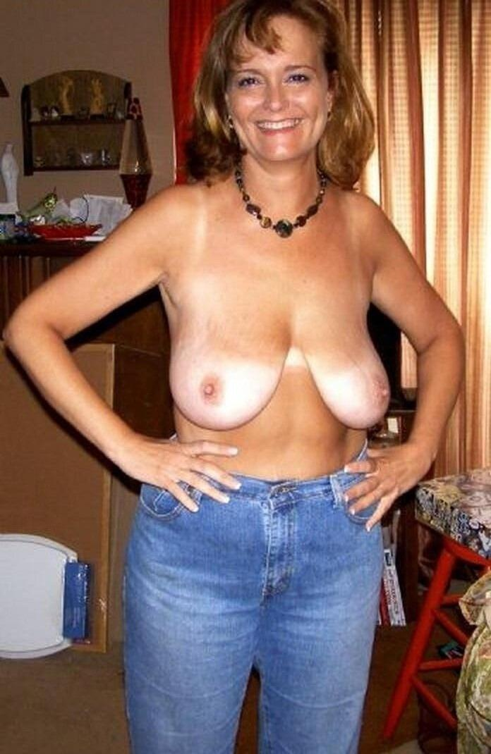 Tits saggy mom with