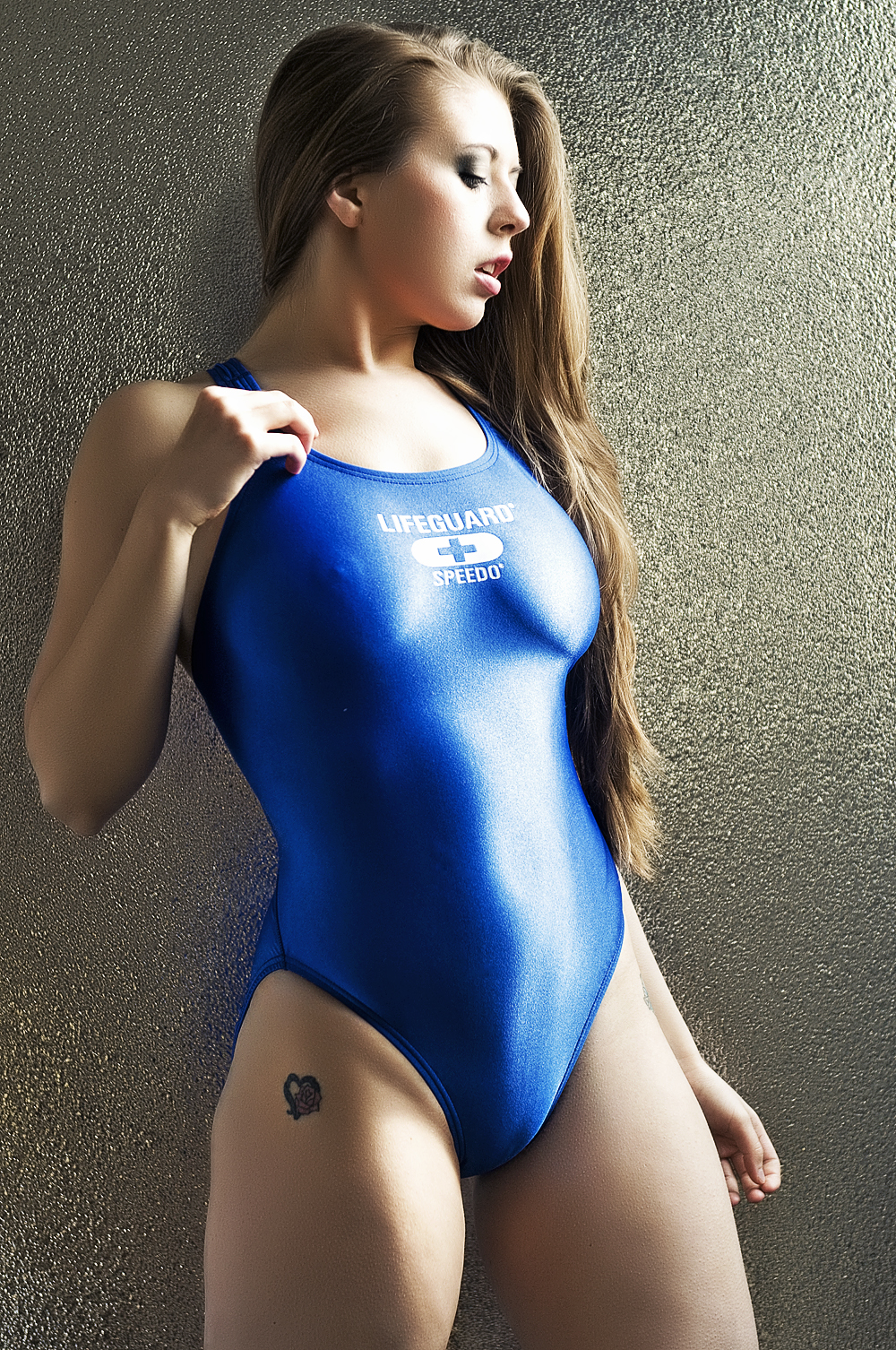 Suits piece tight one bathing