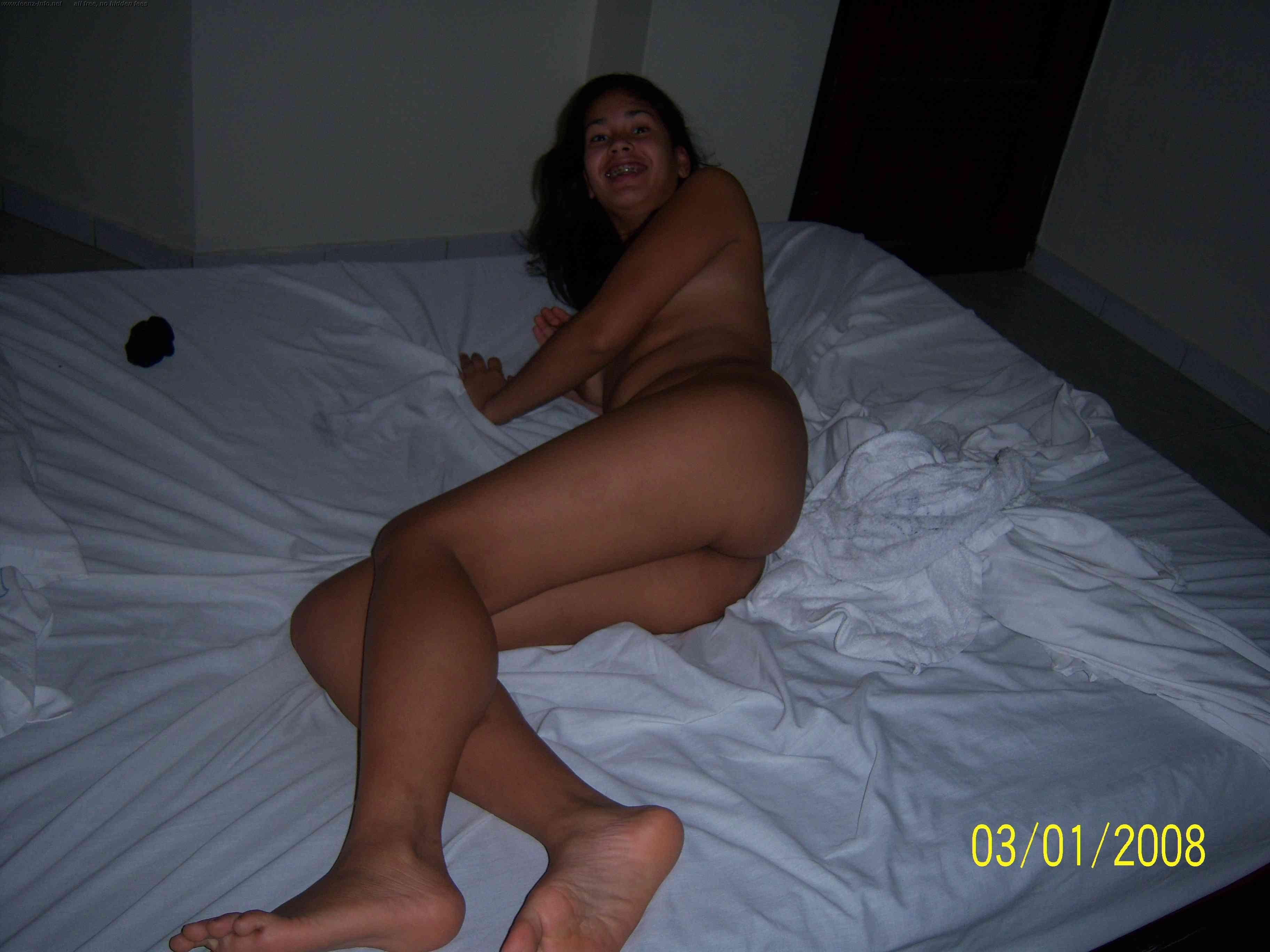 pics nude Real amatuer gallery leaked