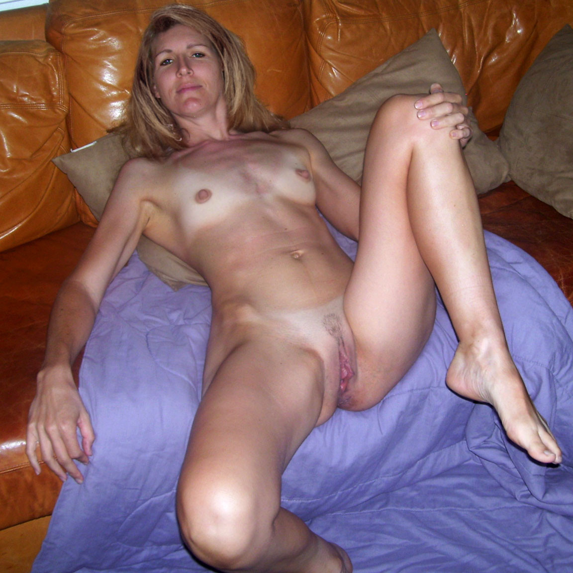 Self mature stocking wife shot