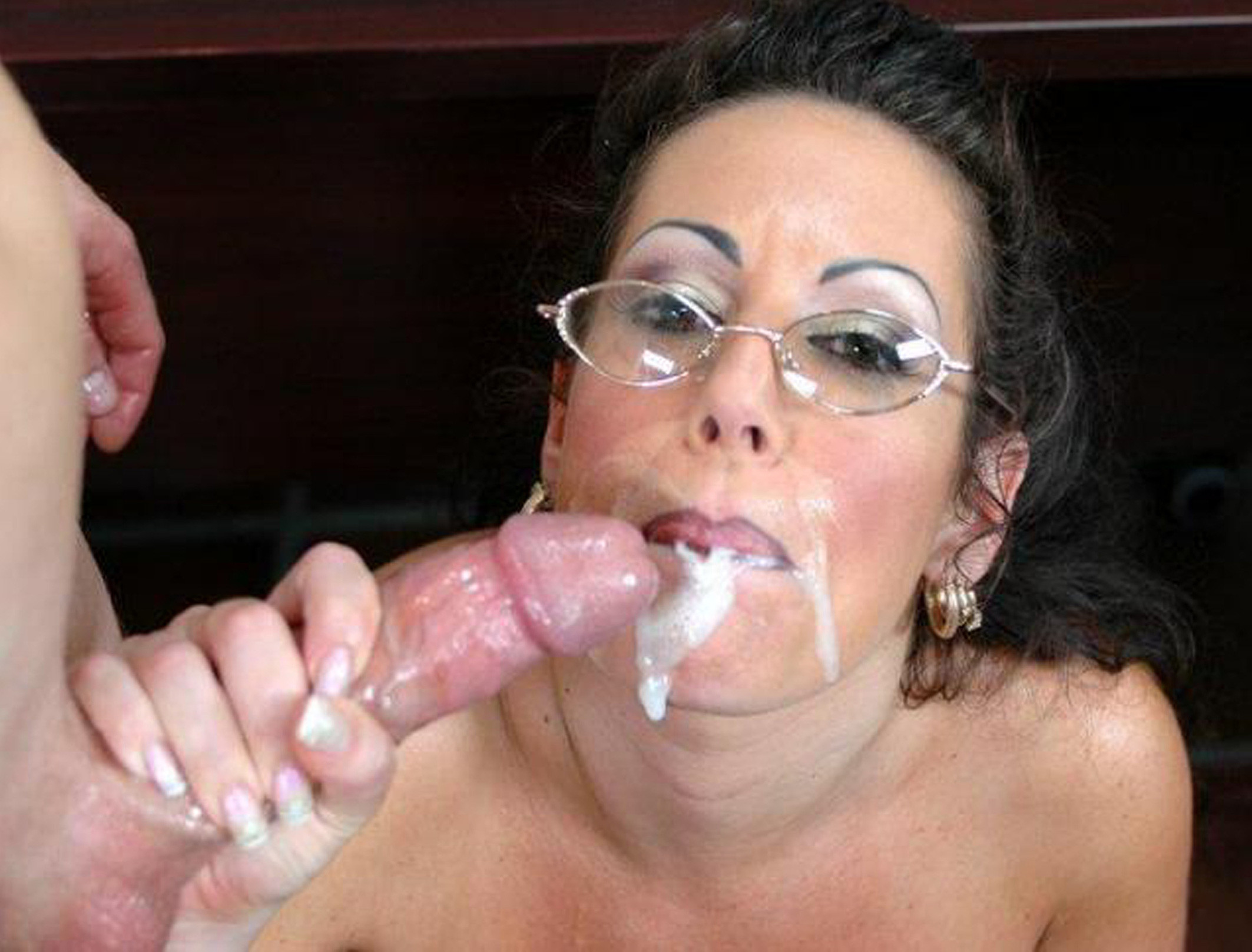 Mom mouthful cock