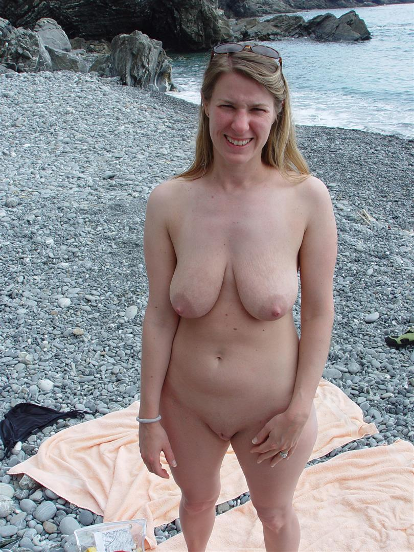 Saggy tits mature on beach