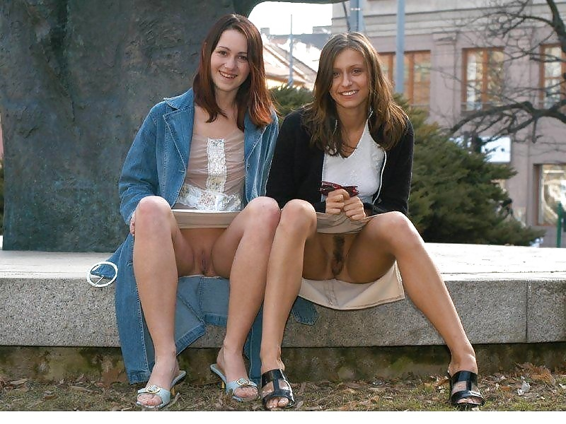 Very hot teen upskirt photo sexy candid girls