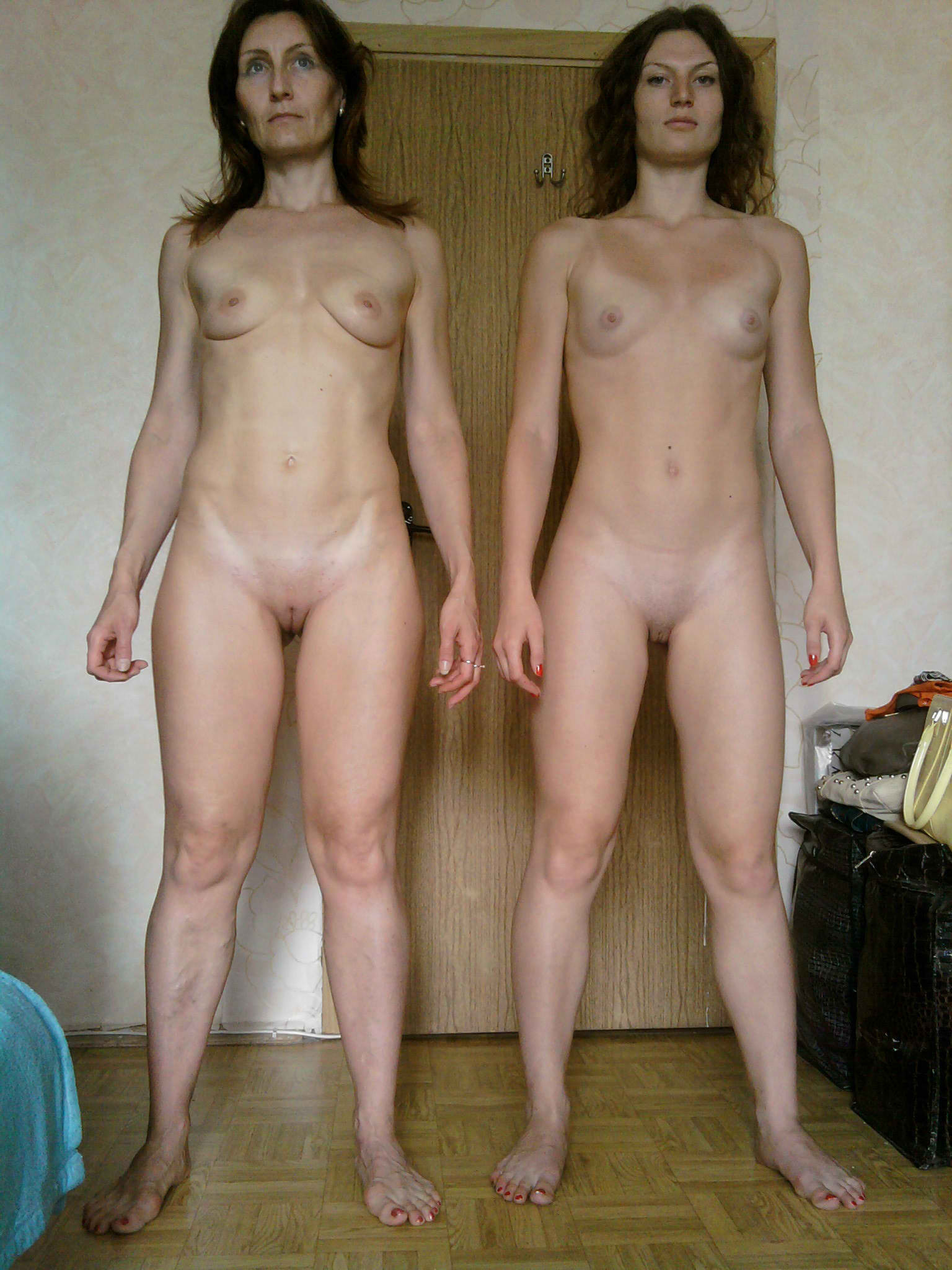 Red naked daughter and mom off