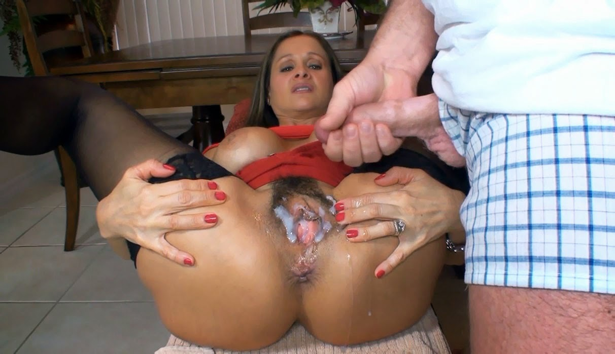 sexy briads getting finger fuck