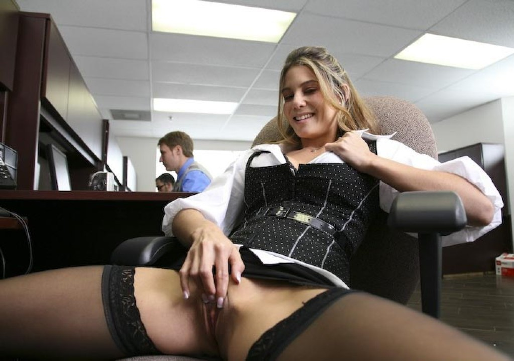 Female in masturbation puplic always loved