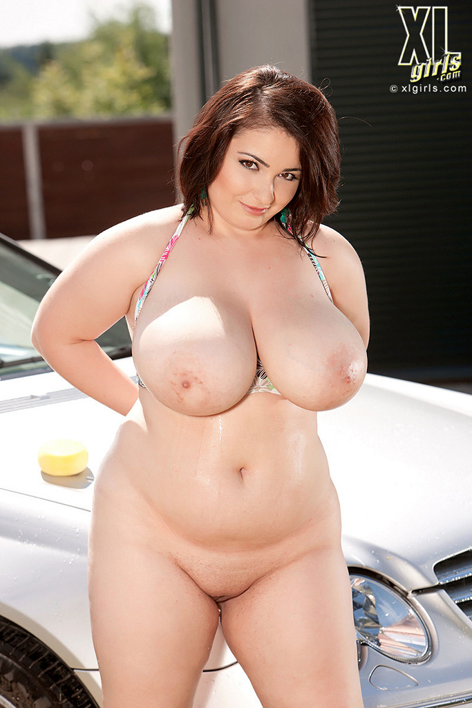 Boobs Naked Chubby Photos Images