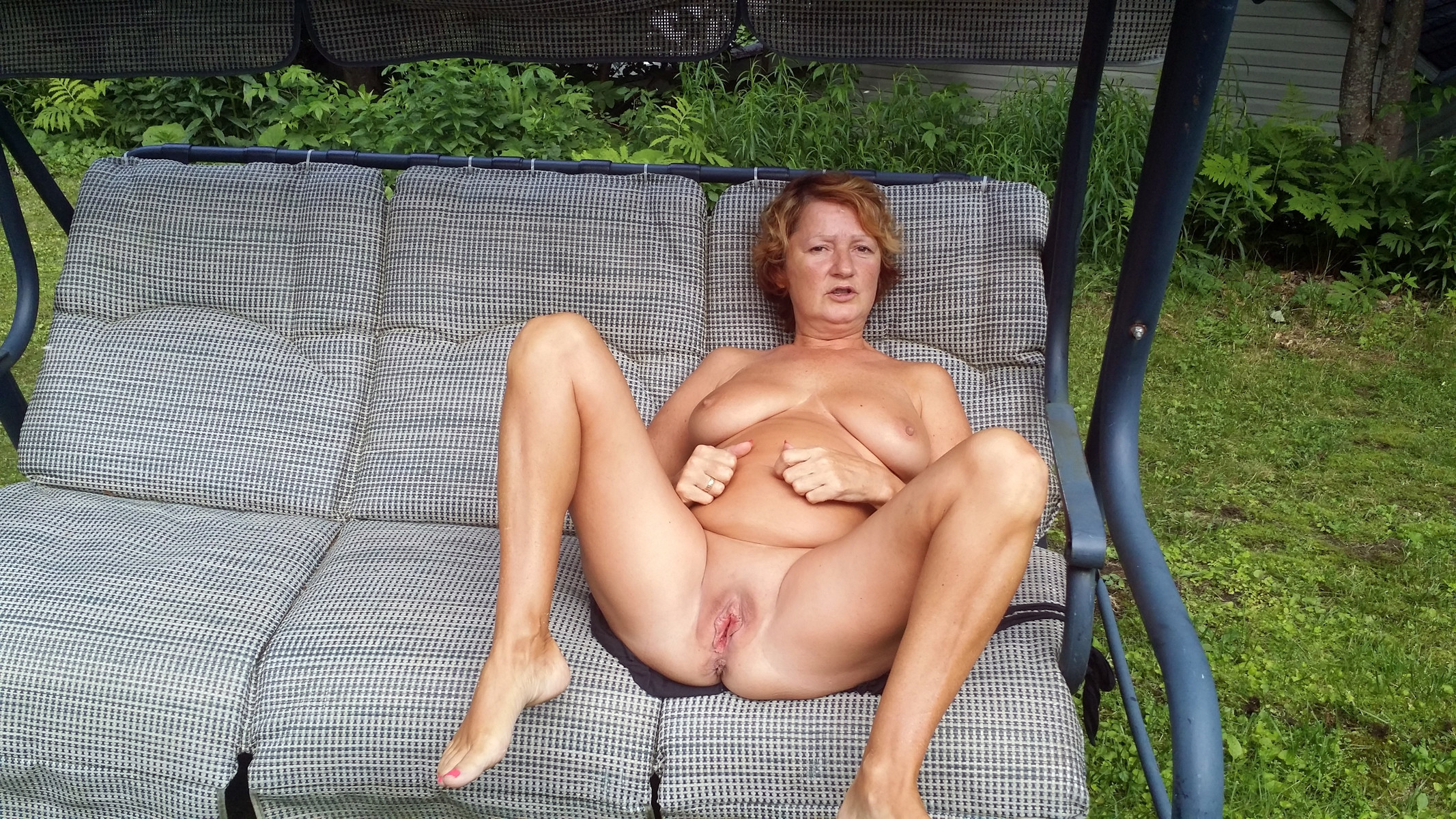 Canadian Couple Loves Posing Naked Outdoor