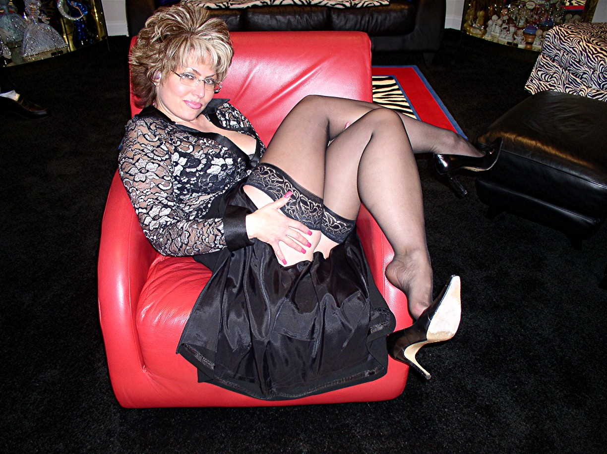 Looking For Mature Women Dating