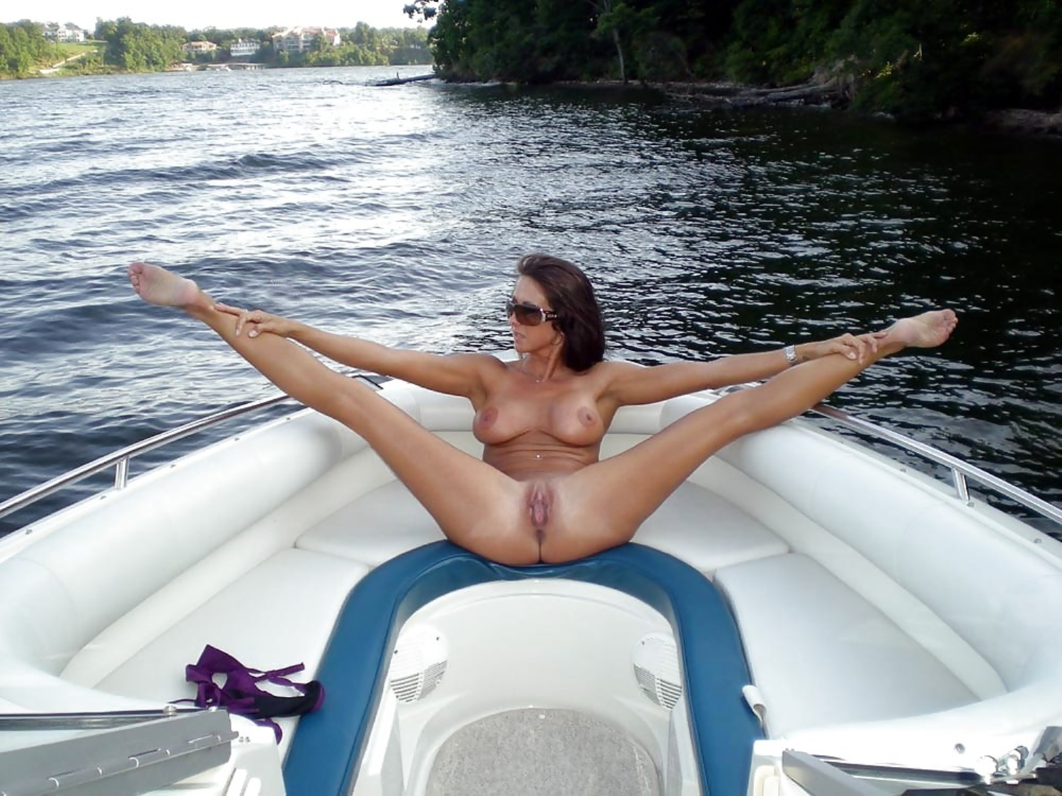 hot wife naked on the boat