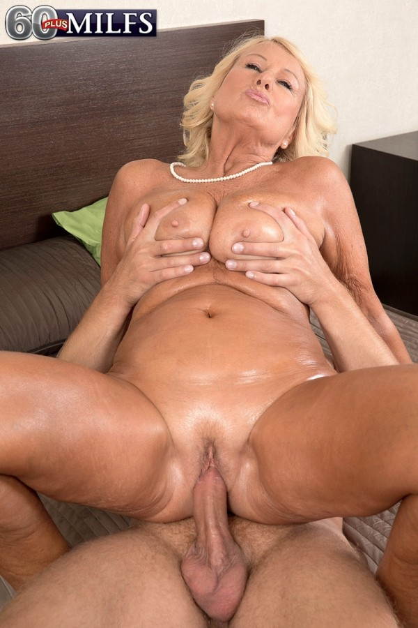 Blonde Milf Perfect Tits