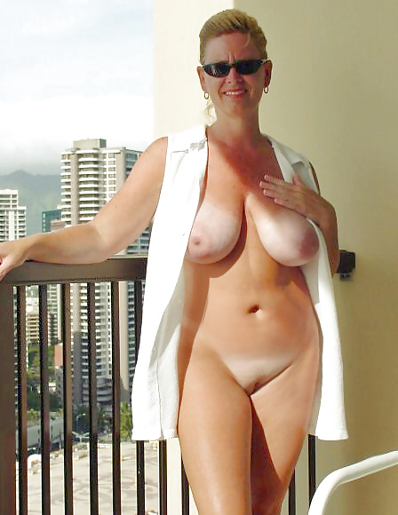 Amateur lady large