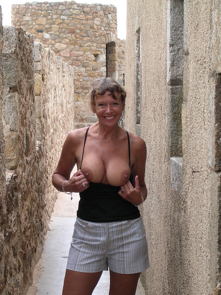 Hot Mature French