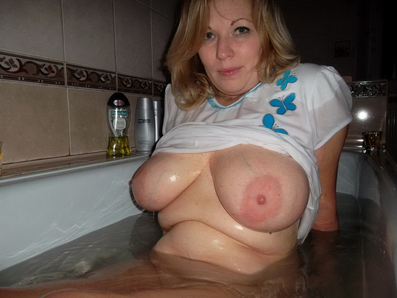 huge amateur mature tits naked girls - disneydiscount