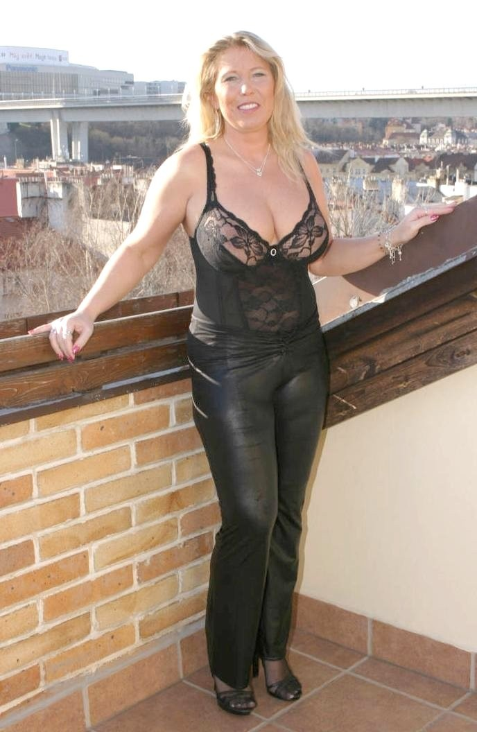 Mature sluts in leather