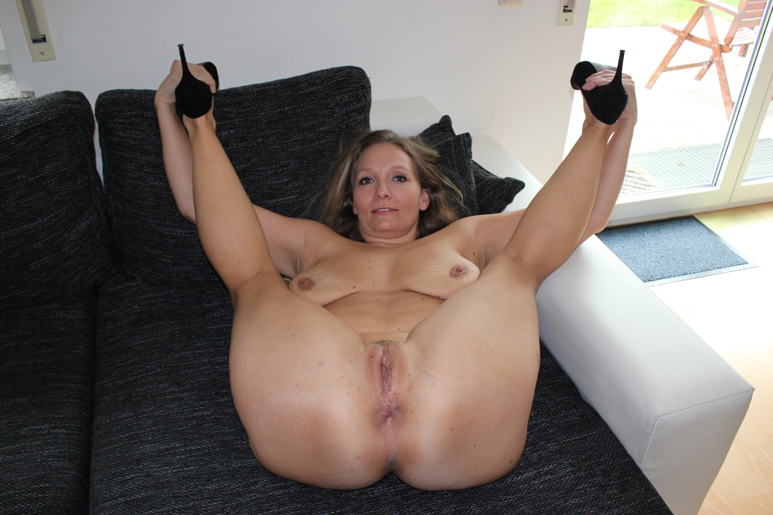 Moms naked ass pussy, tanya nude fuck