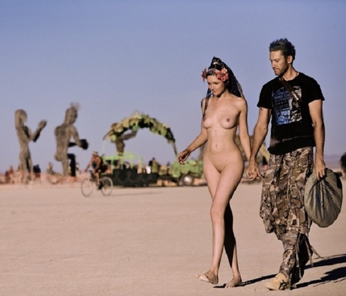 Nude Naked Burning Man Random Photo Gallery | CLOUDY GIRL PICS