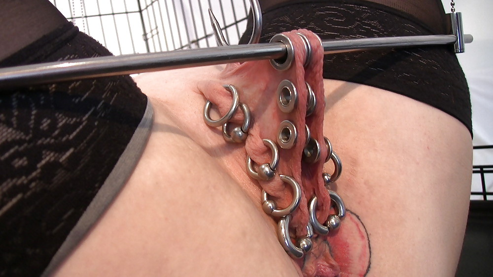 Amateur wife cuckhold swallowing