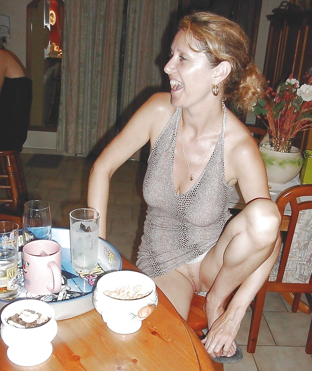 Seems brilliant mature ladies downblouse and upskirt pictures think
