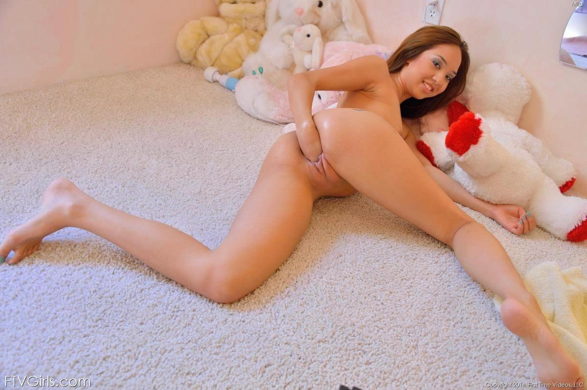 gaping asian pussy