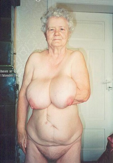 Pictures of old naked women
