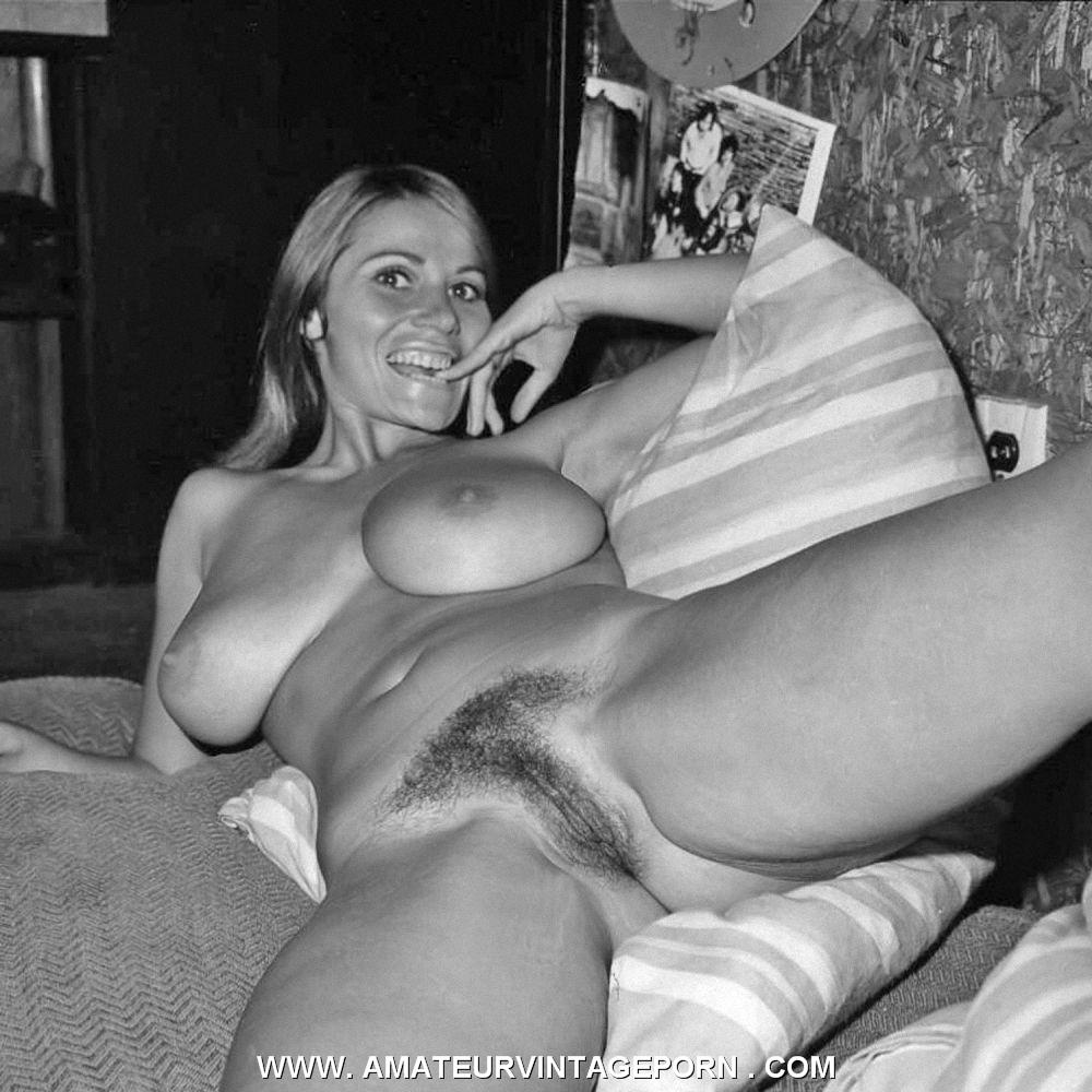 large naked mature women