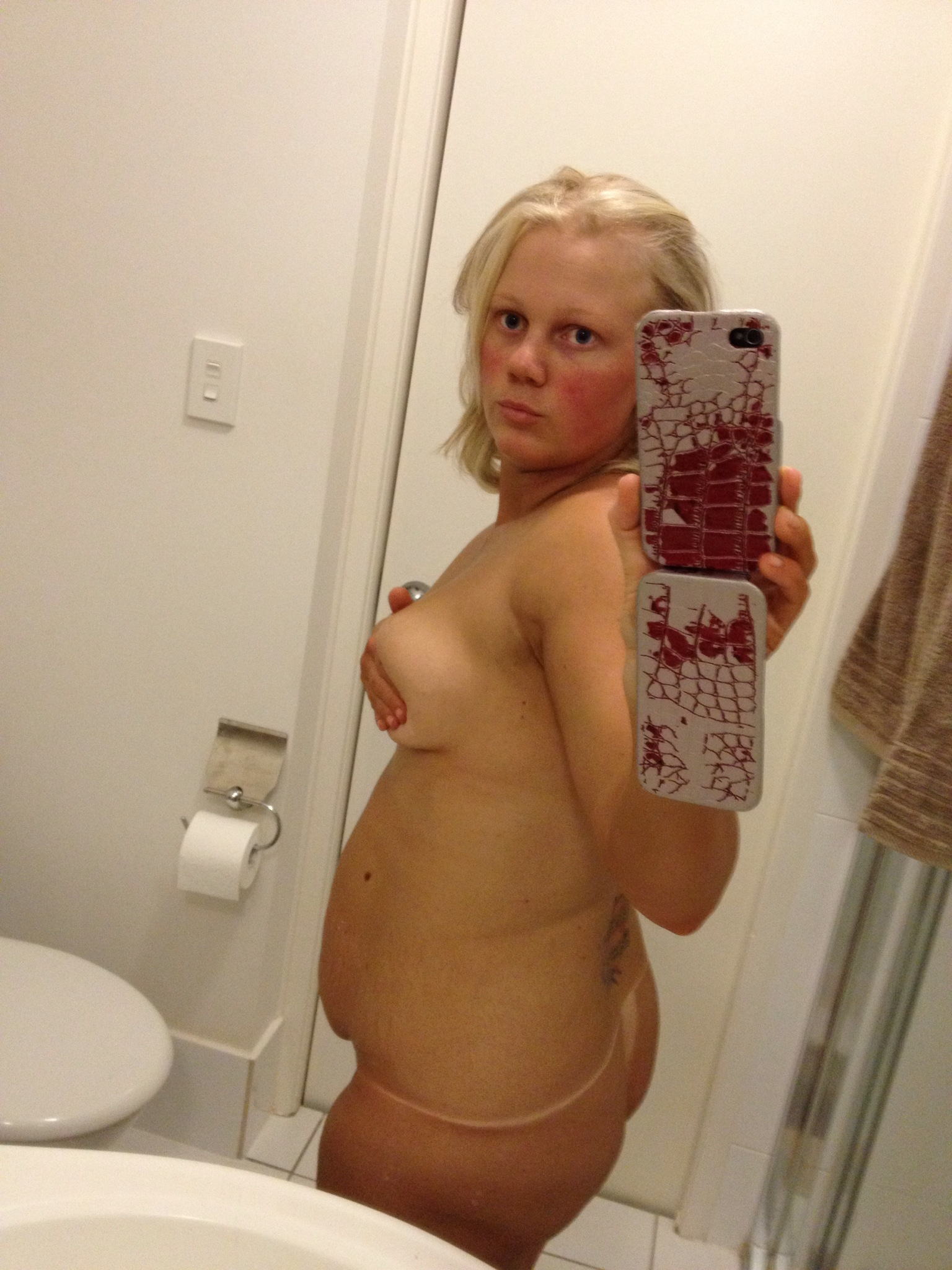 See my naked stepsister