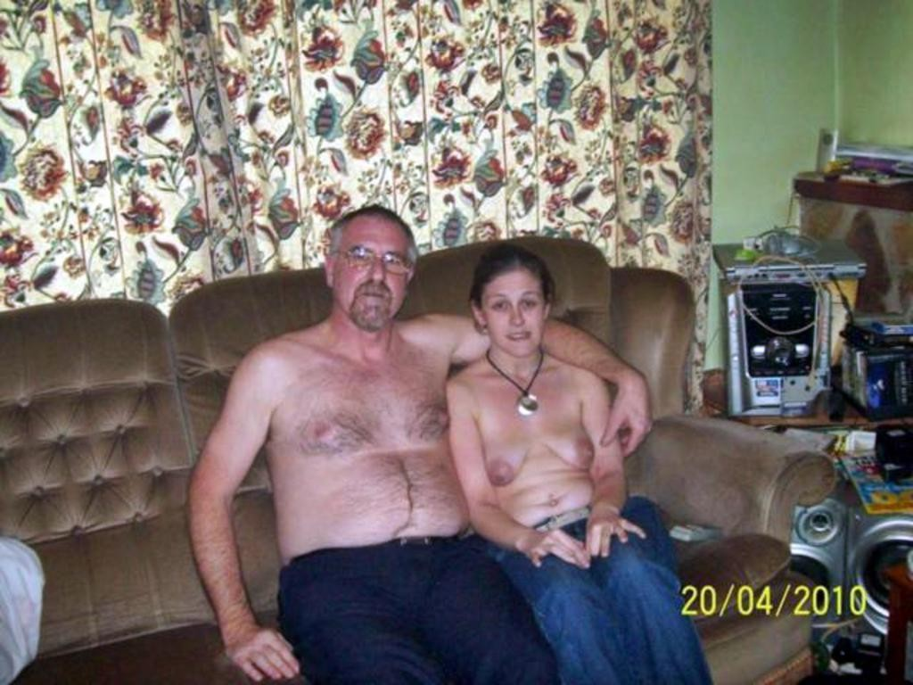 family nude Real Family Pictures
