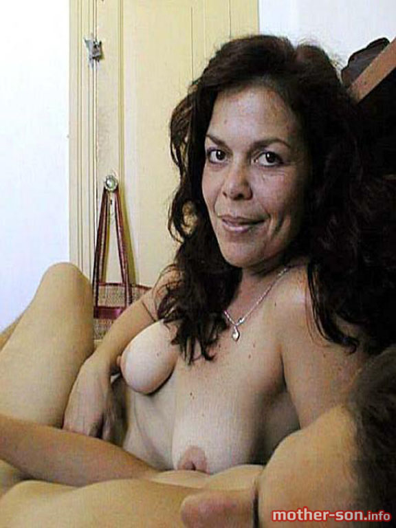 I love mature women photos