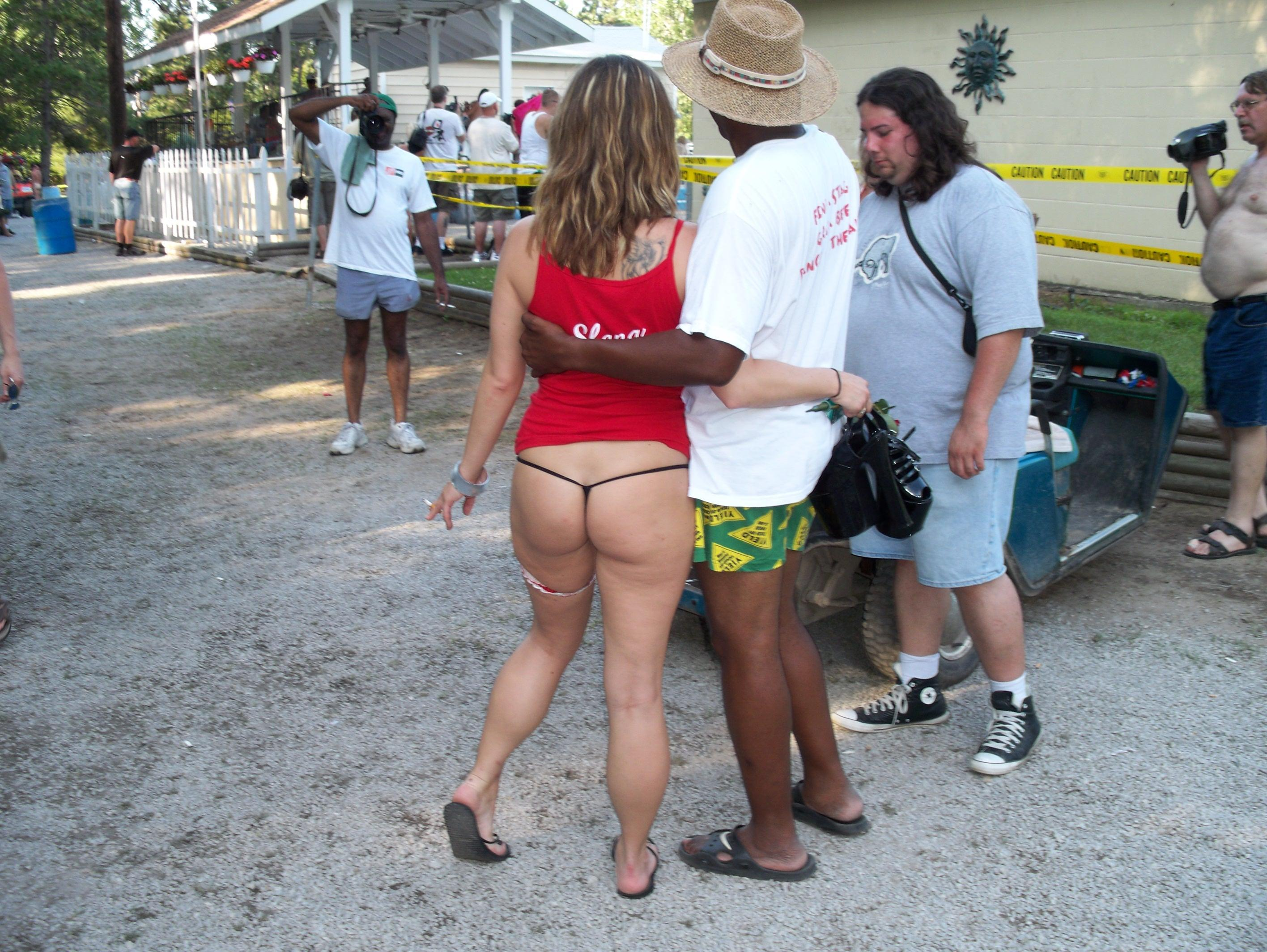 Not give Interracial wife vacation simply