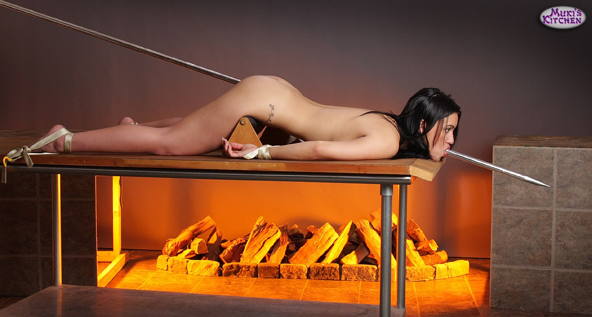 cannibals-cooking-asian-girls-pics-of-bleached-butts