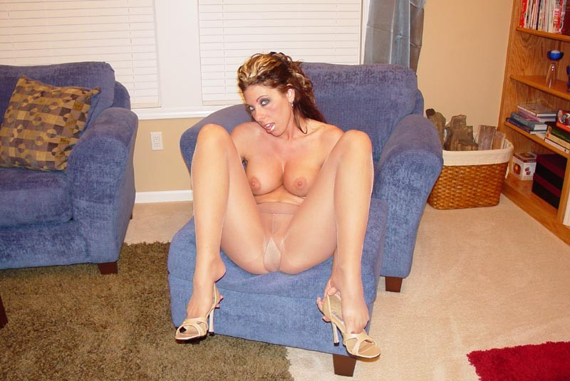 Hot sexy nude moms