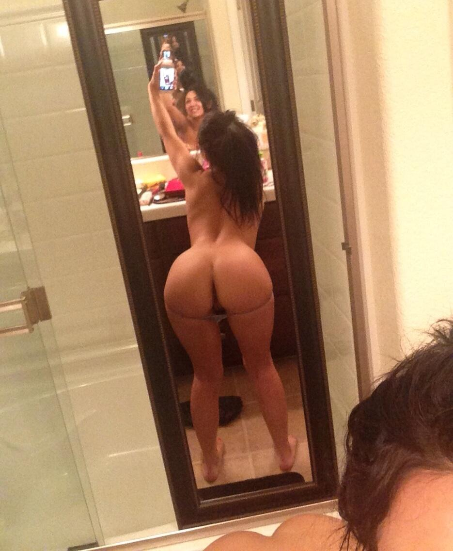 Nude ass mirror pic