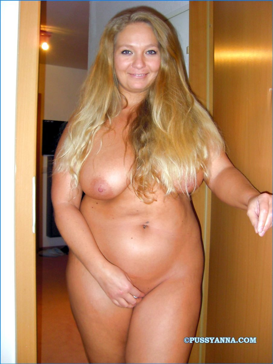 chubby-nude-blonde-mom - motherless