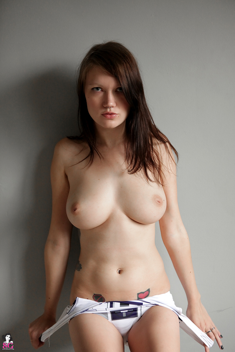 girl Rainbow nude suicide
