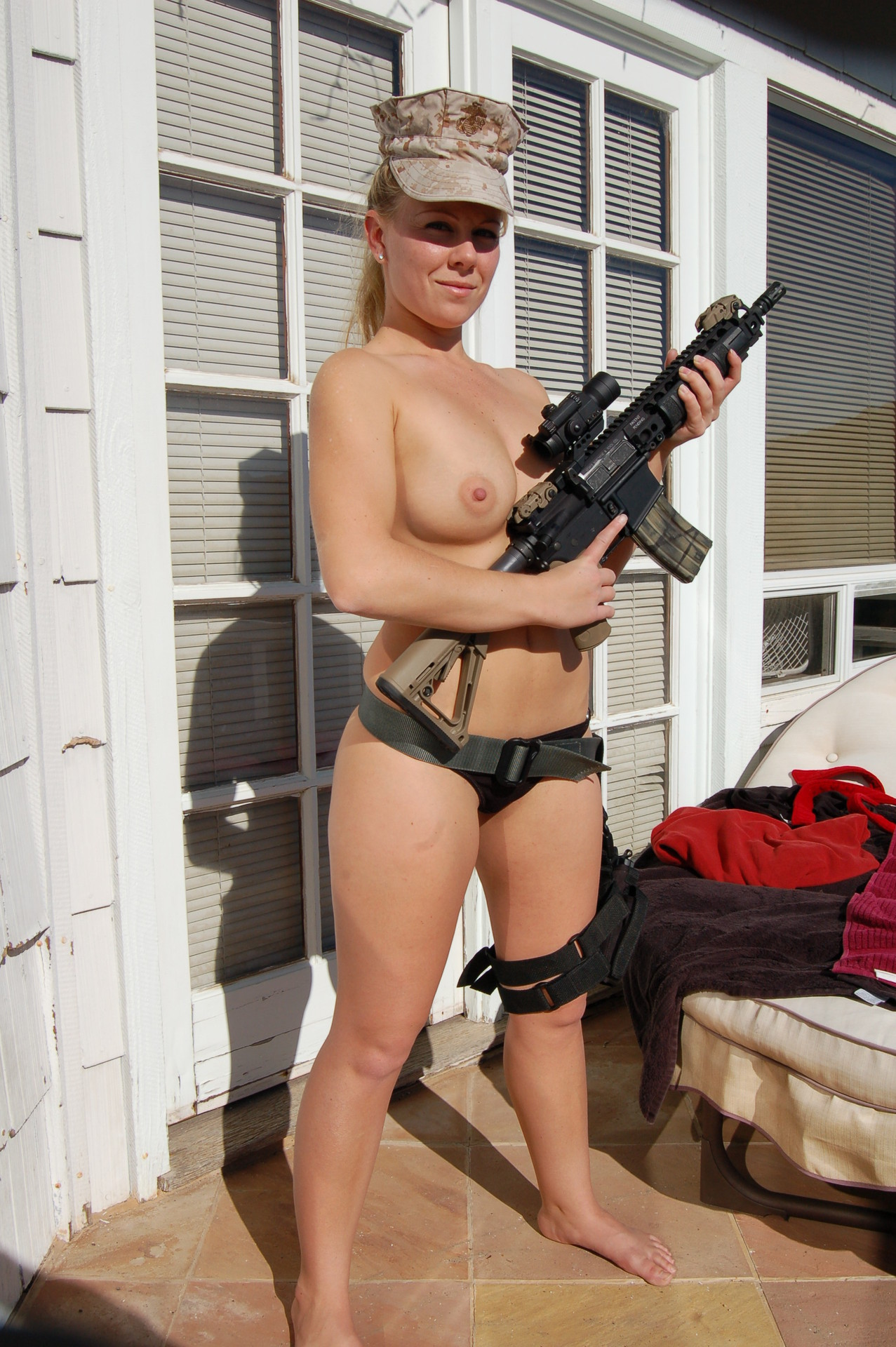 Army girl captured2