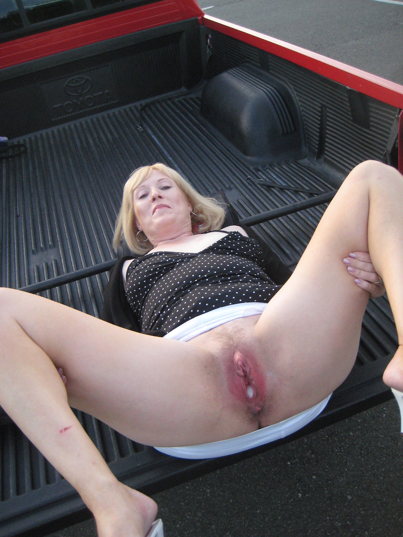 super pussy fun time! with toys! - motherless