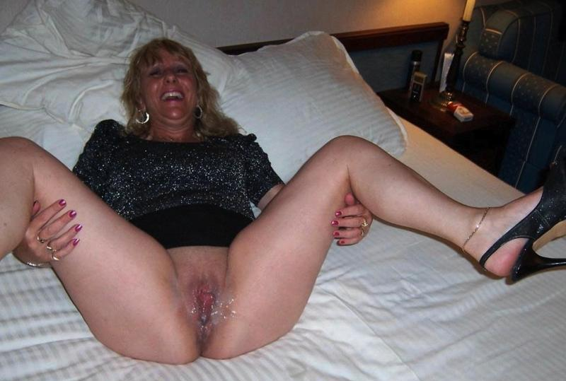Mature crampie